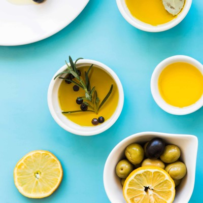 Olives with lemon